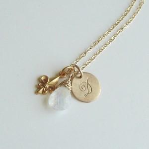 neck-gold-monogram4